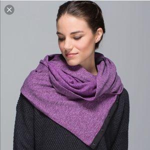 Lululemon vinyasa purple scarf